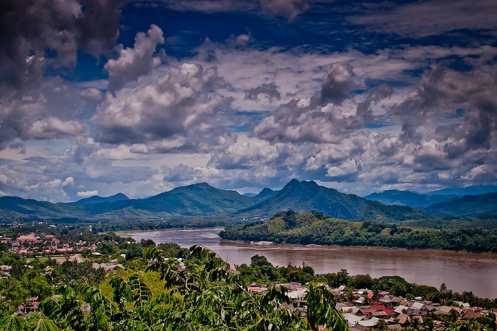 Mekong River at Luang Prabang - Insight To Asia Tours